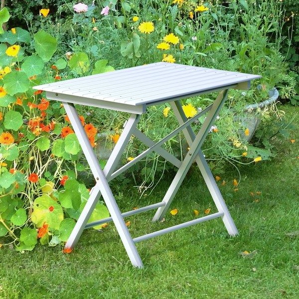 white wooden folding table 3