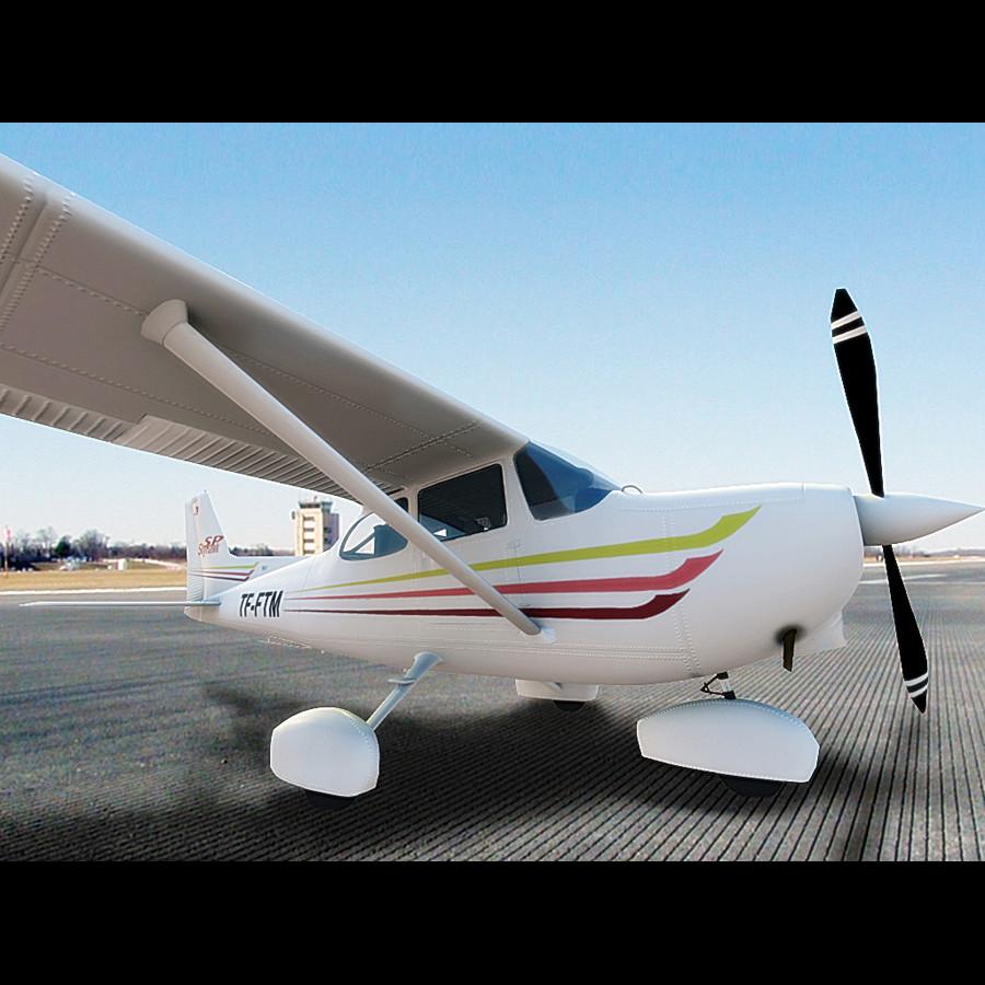 Cessna172_6.jpg