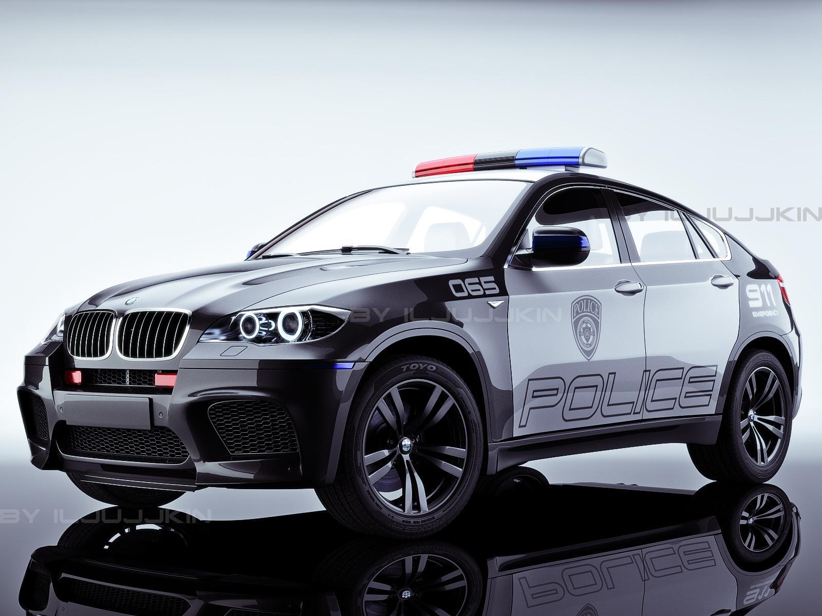 X6M_police_studio_1.jpg