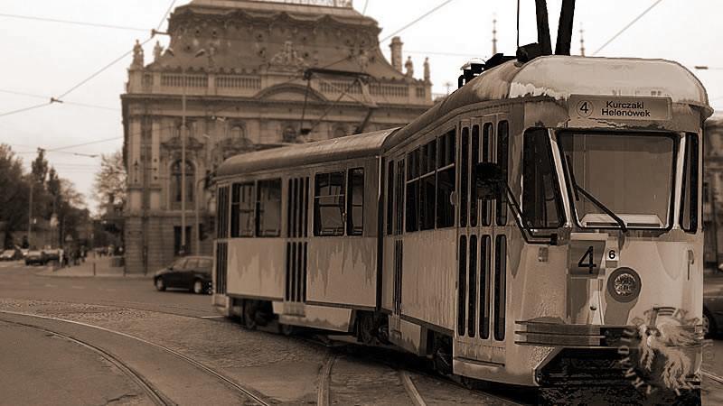 tram102nase.jpg