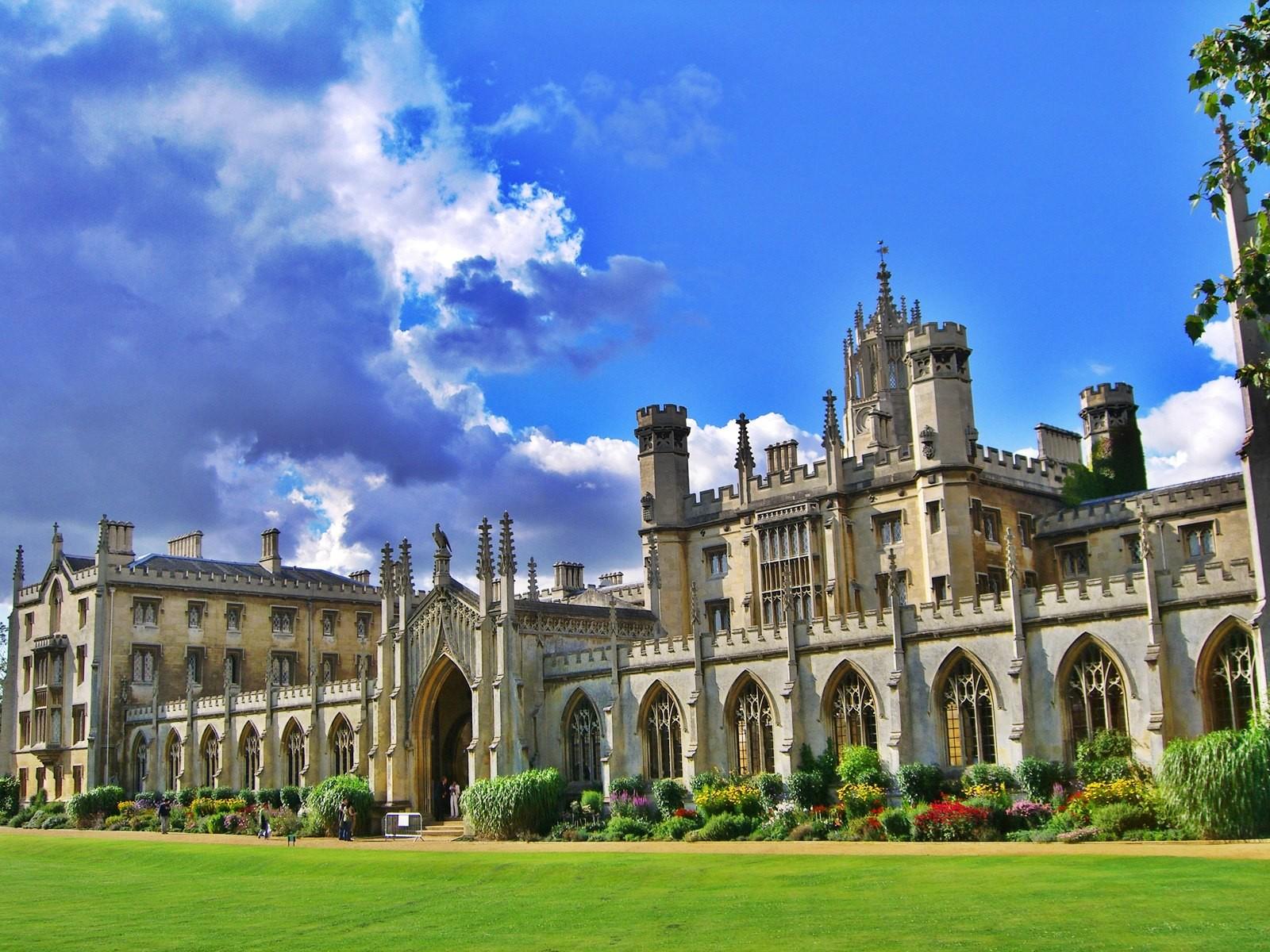 cambridge-college.jpg