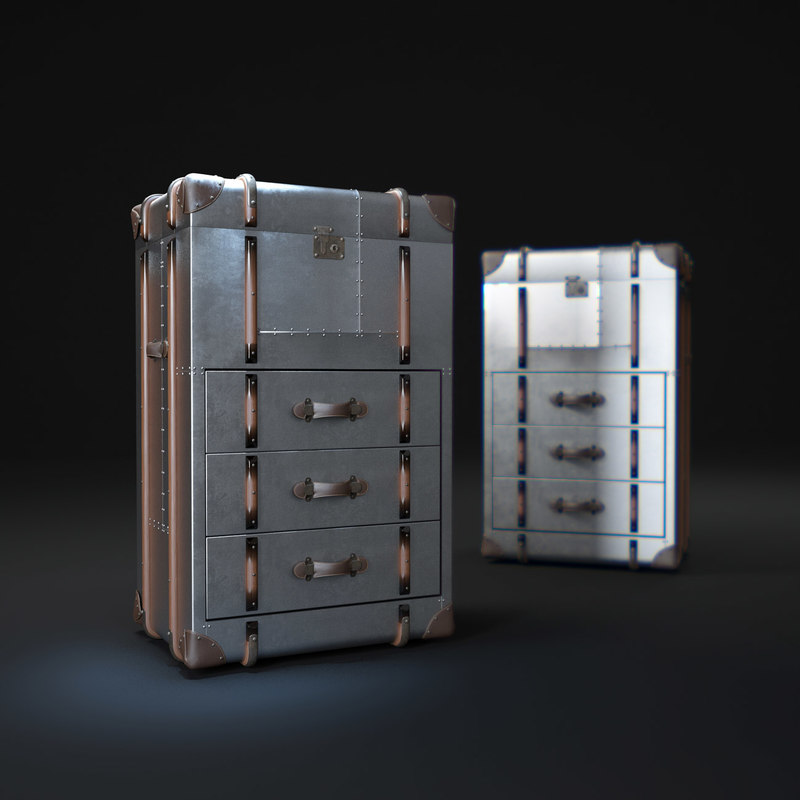 RICHARDS'-TRUNK-SMALL-CHEST-METAL.jpg