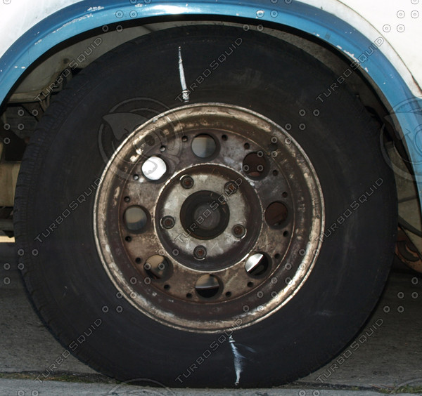 Van Rims and Tire